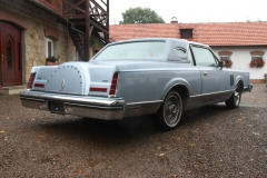 lincoln-continental-mark-iv-1983-signature-series-003