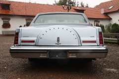 lincoln-continental-mark-iv-1983-signature-series-004
